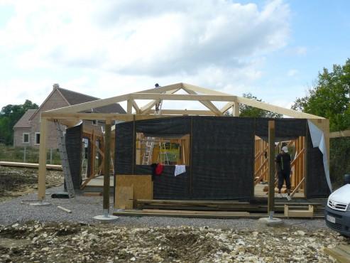 Fazele constructive ale unei case din lemn la cheie NATURAL LIVING - Poza 32