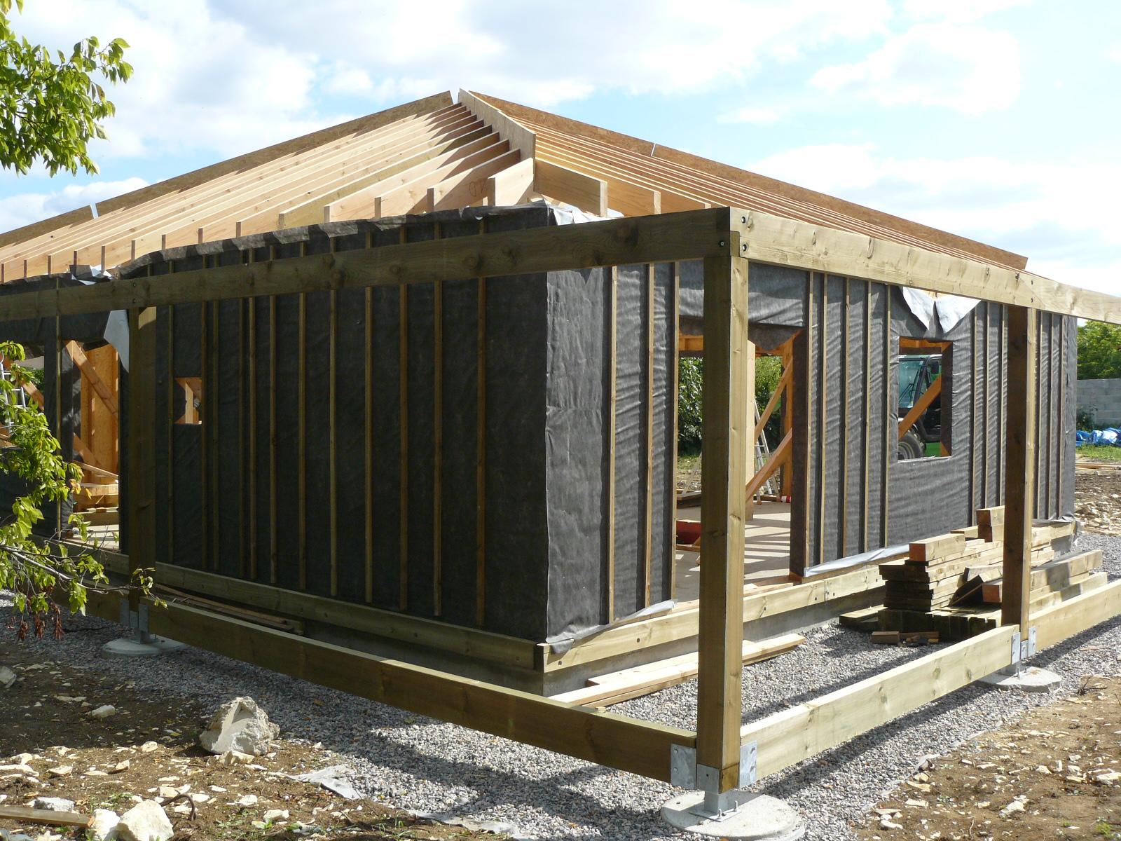 Fazele constructive ale unei case din lemn la cheie NATURAL LIVING - Poza 46