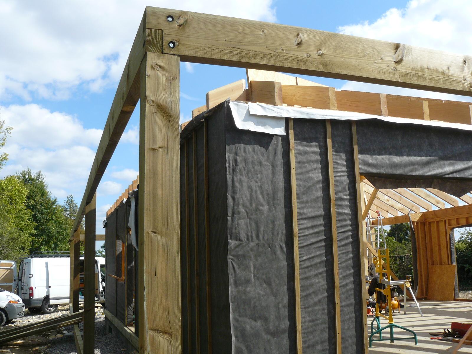 Fazele constructive ale unei case din lemn la cheie NATURAL LIVING - Poza 47