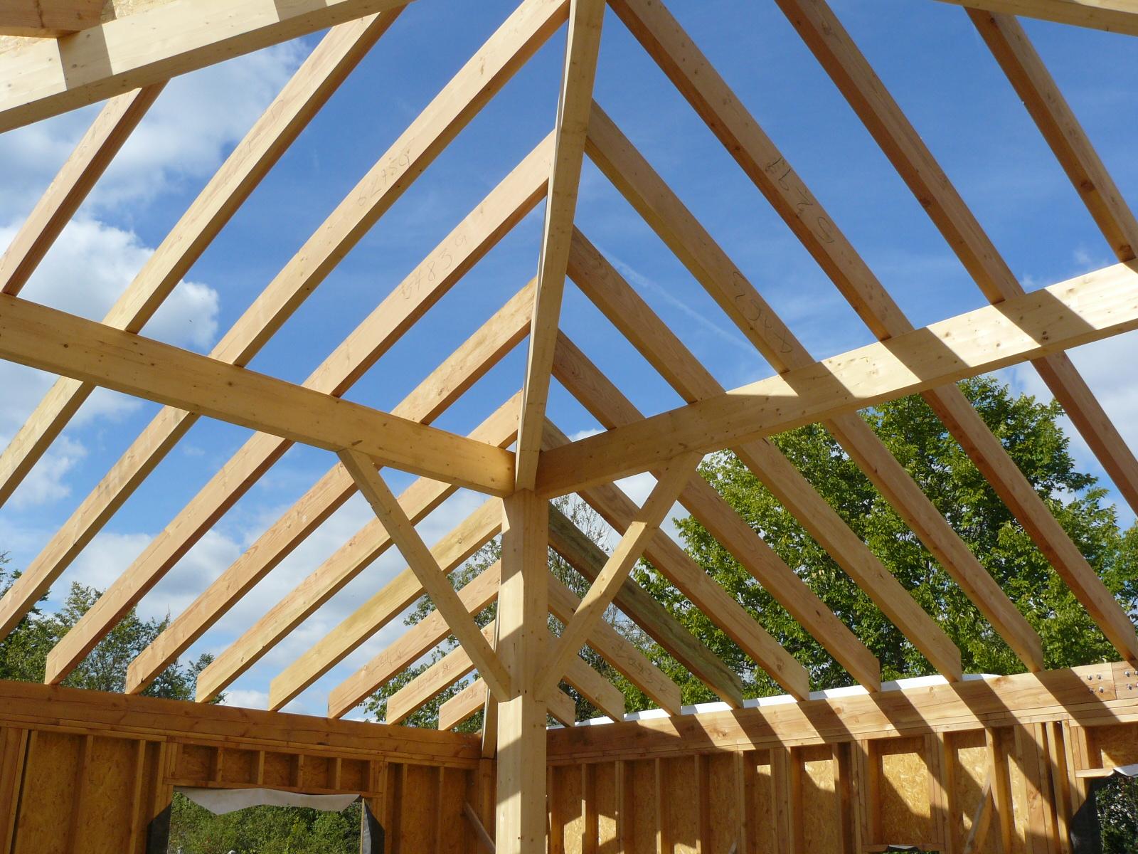 Fazele constructive ale unei case din lemn la cheie NATURAL LIVING - Poza 49