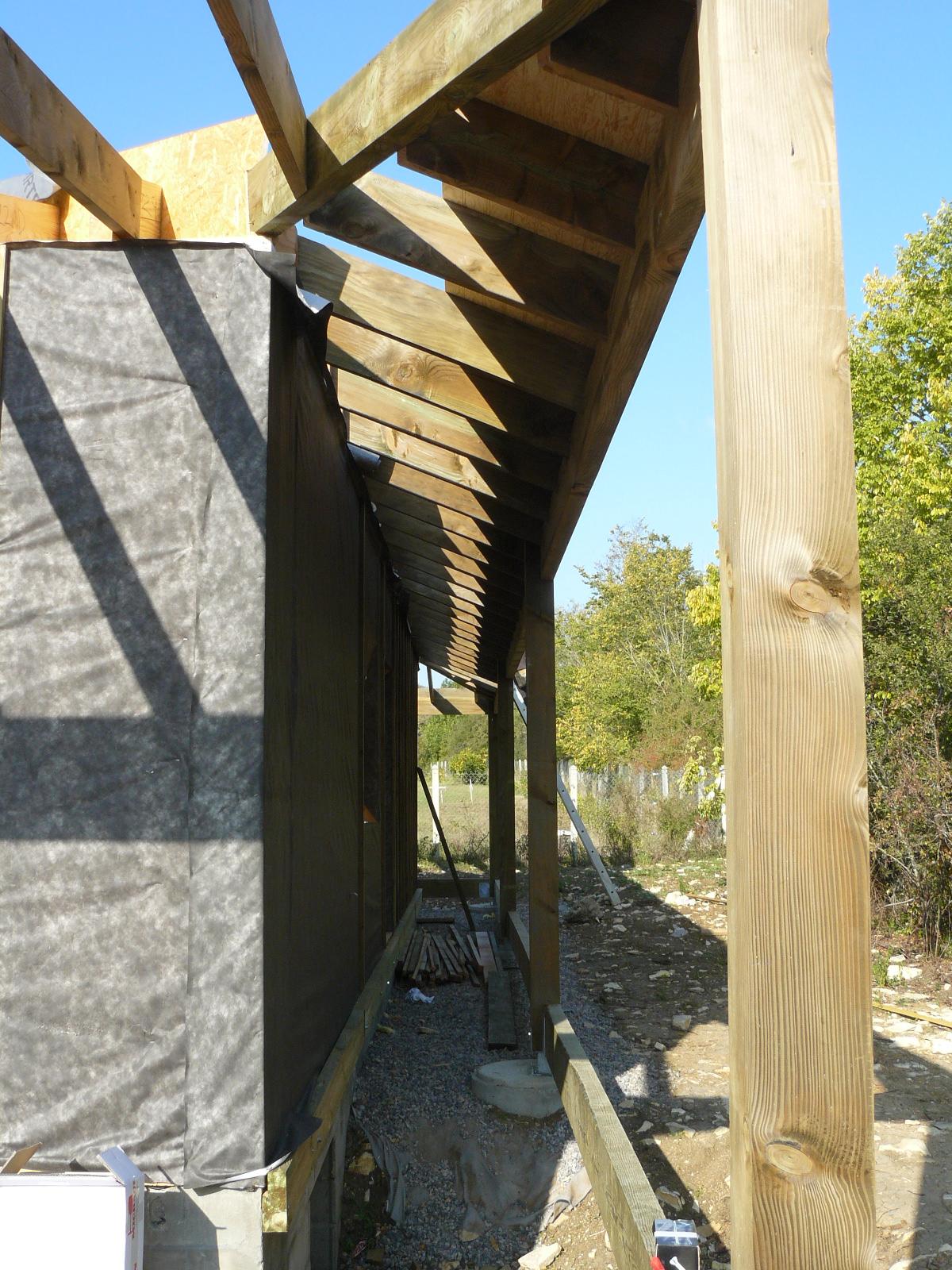 Fazele constructive ale unei case din lemn la cheie NATURAL LIVING - Poza 51