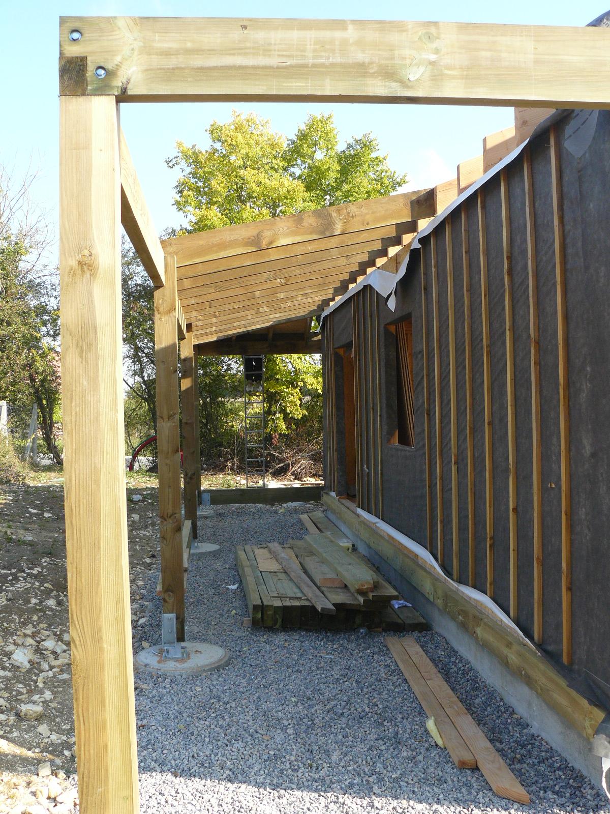 Fazele constructive ale unei case din lemn la cheie NATURAL LIVING - Poza 54