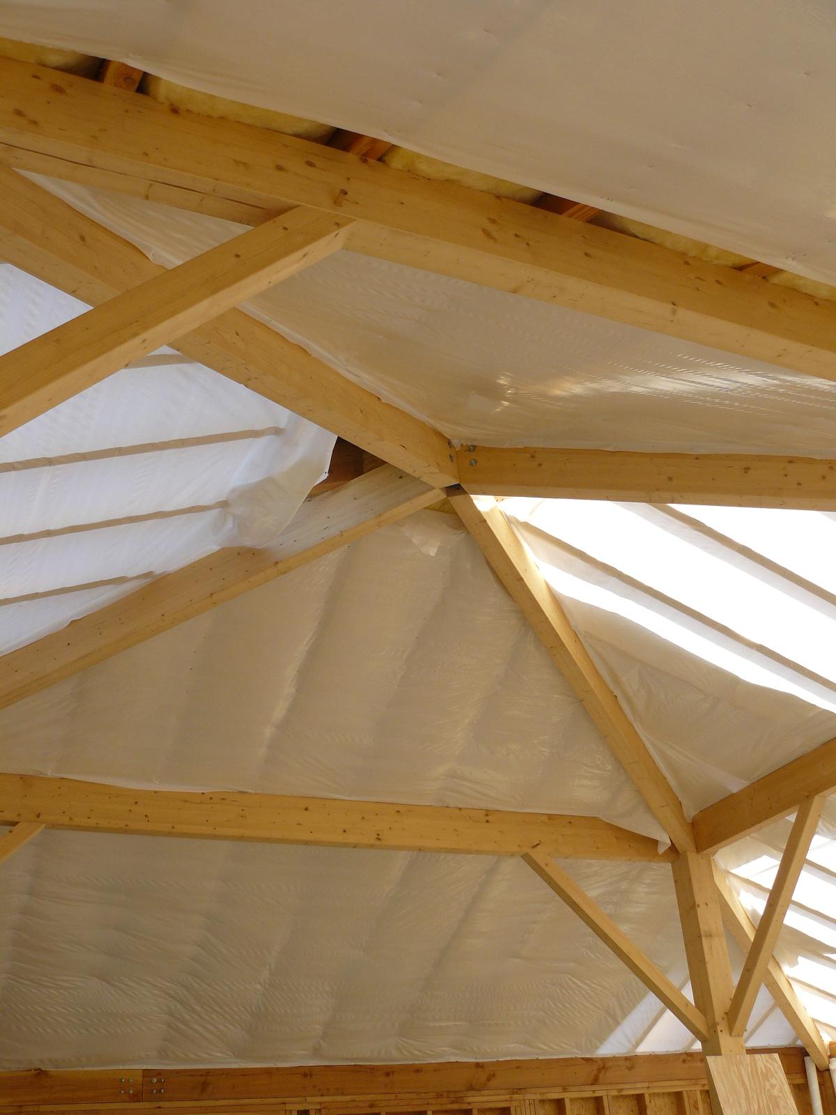 Fazele constructive ale unei case din lemn la cheie NATURAL LIVING - Poza 55