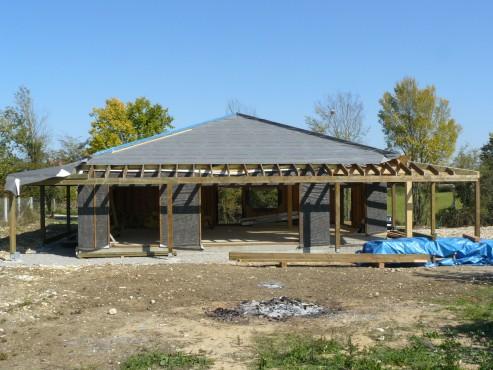 Fazele constructive ale unei case din lemn la cheie NATURAL LIVING - Poza 62