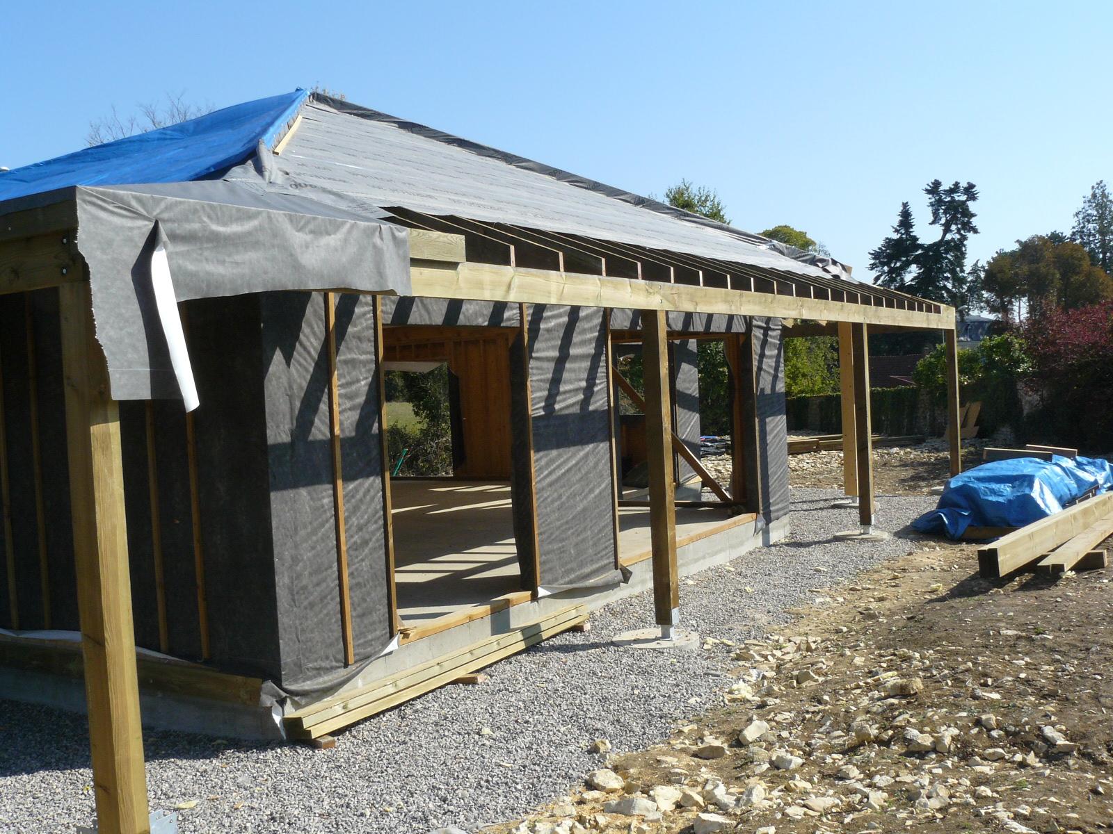 Fazele constructive ale unei case din lemn la cheie NATURAL LIVING - Poza 64