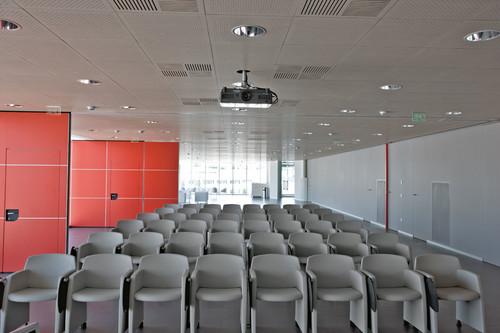 Prezentare produs Mobilier sali de conferinta SENSIO - Poza 17