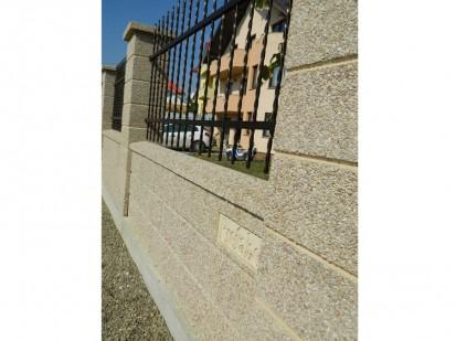 Gard spalat rosa corallo Spalat Gard modular din beton