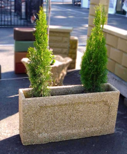 Jardiniere din beton / Jardiniera piatra spalata crem