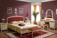 Mobilier din lemn masiv pentru dormitoare