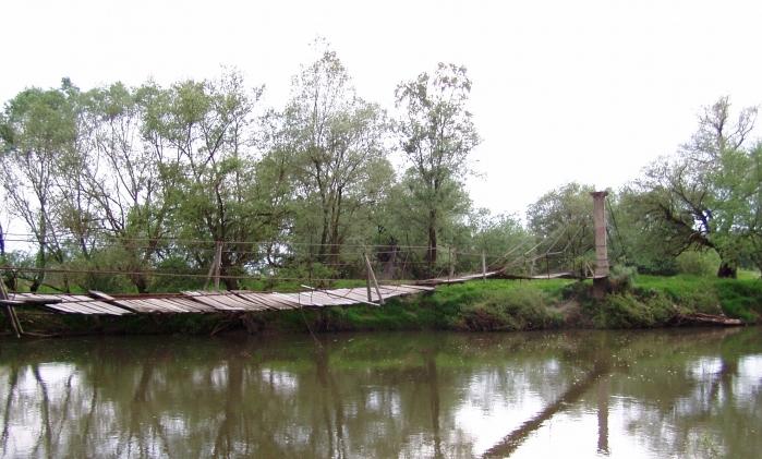 Pasarela acces - Mandra, Brasov, 2004  - Poza 3