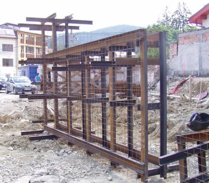 Amenajarea versantilor - Zid de sprijin si terasare Hotel Carmen Predeal CERENG CONSULT - Poza 2