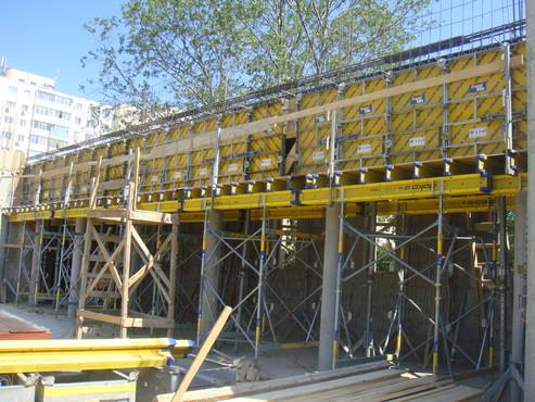 Lucrari, proiecte Montaj schela portanta Catedrala DOKA - Poza 2