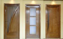 Usi de interior din lemn stratificat  Usile interioare din lemn stratificat Prolematex sunt recomandate atat pentru institutii, data fiind rezistenta mare in timp, cat si pentru cladiri rezidentiale, lemnul natural oferind o estetica deosebita oricarui ambient.
