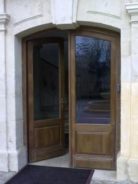 Prezentare produs Usi de exterior din lemn stratificat  PROLEMATEX - Poza 3
