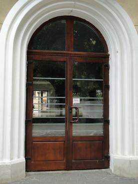 Prezentare produs Usi de exterior din lemn stratificat  PROLEMATEX - Poza 4