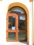 14 (Alpha Bank Bistrita) | Usi de exterior din lemn stratificat  |