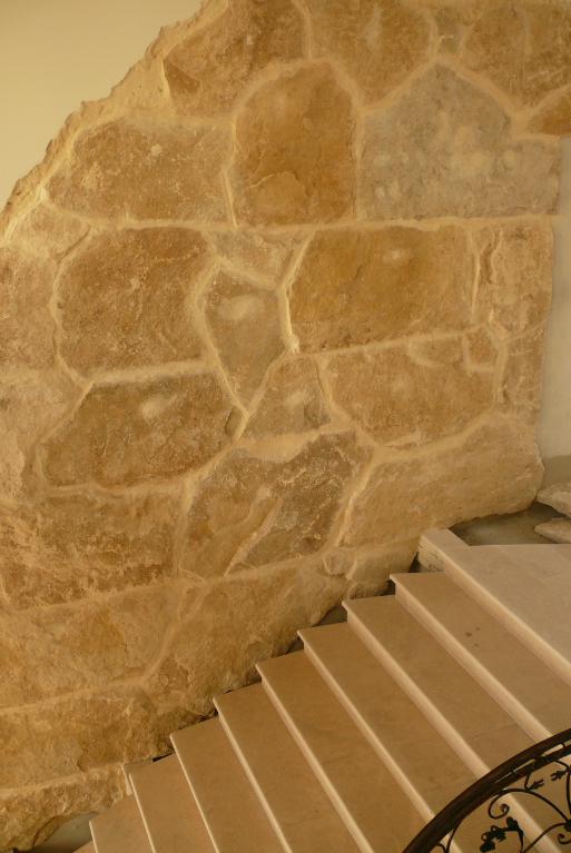 Finisaje interior din piatra naturala de Vistea LEVENTE COMPANIE - Poza 15