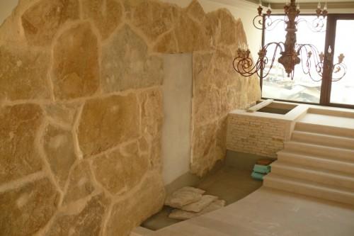 Lucrari de referinta Finisaje interior din piatra naturala de Vistea LEVENTE COMPANIE - Poza 16