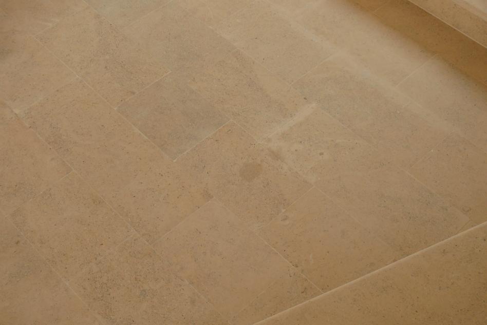 Finisaje interior din piatra naturala de Vistea LEVENTE COMPANIE - Poza 18