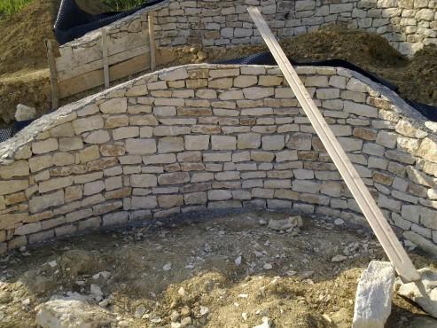 Prezentare produs Zidarie din piatra naturala de Vistea LEVENTE COMPANIE - Poza 3