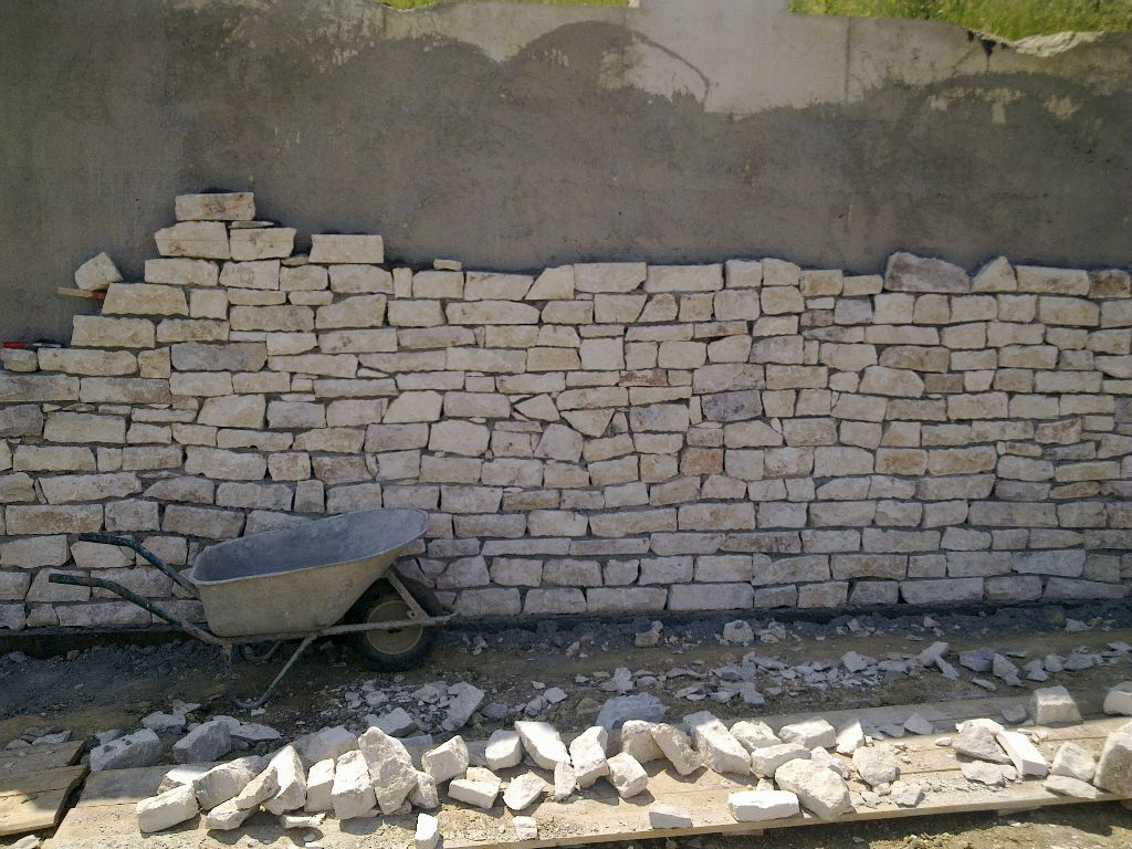 Zidarie din piatra naturala de Vistea LEVENTE COMPANIE - Poza 6
