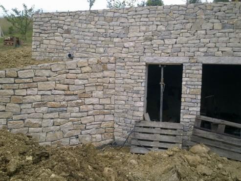 Prezentare produs Zidarie din piatra naturala de Vistea LEVENTE COMPANIE - Poza 8
