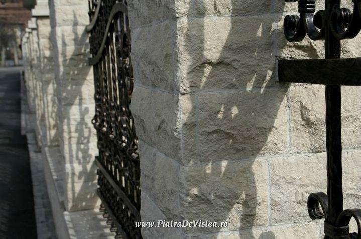Garduri din piatra naturala de Vistea LEVENTE COMPANIE - Poza 2