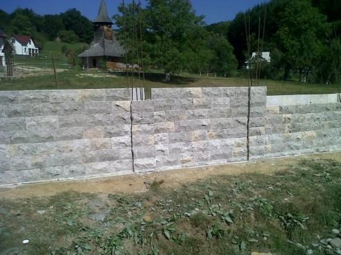 Lucrari de referinta Garduri din piatra naturala de Vistea LEVENTE COMPANIE - Poza 4