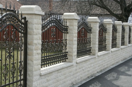 Lucrari de referinta Garduri din piatra naturala de Vistea LEVENTE COMPANIE - Poza 14