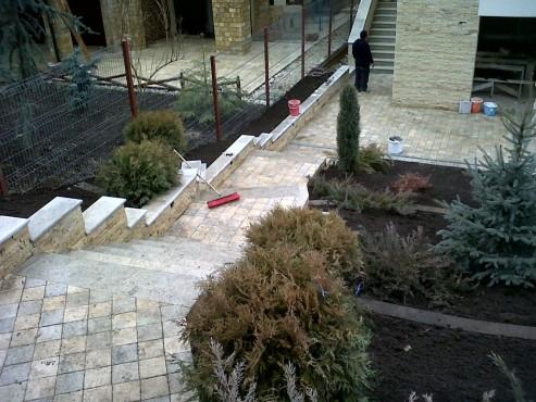 Lucrari, proiecte Trepte/Placaje din piatra naturala de Vistea LEVENTE COMPANIE - Poza 20