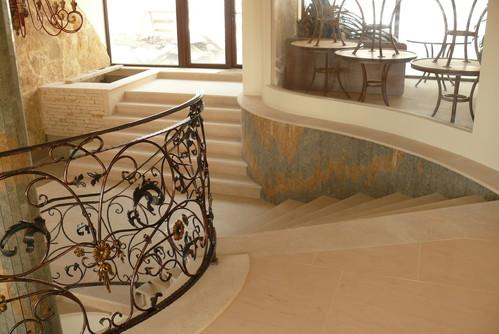 Lucrari, proiecte Trepte/Placaje din piatra naturala de Vistea LEVENTE COMPANIE - Poza 28