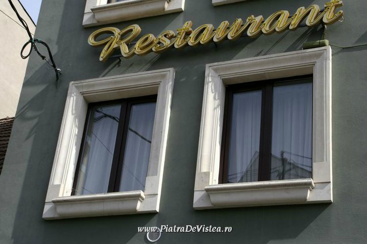 Ancadramente geamuri din piatra naturala de Vistea LEVENTE COMPANIE - Poza 15