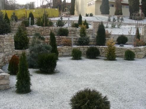 Lucrari de referinta Amenajari gradini din piatra naturala de Vistea LEVENTE COMPANIE - Poza 10