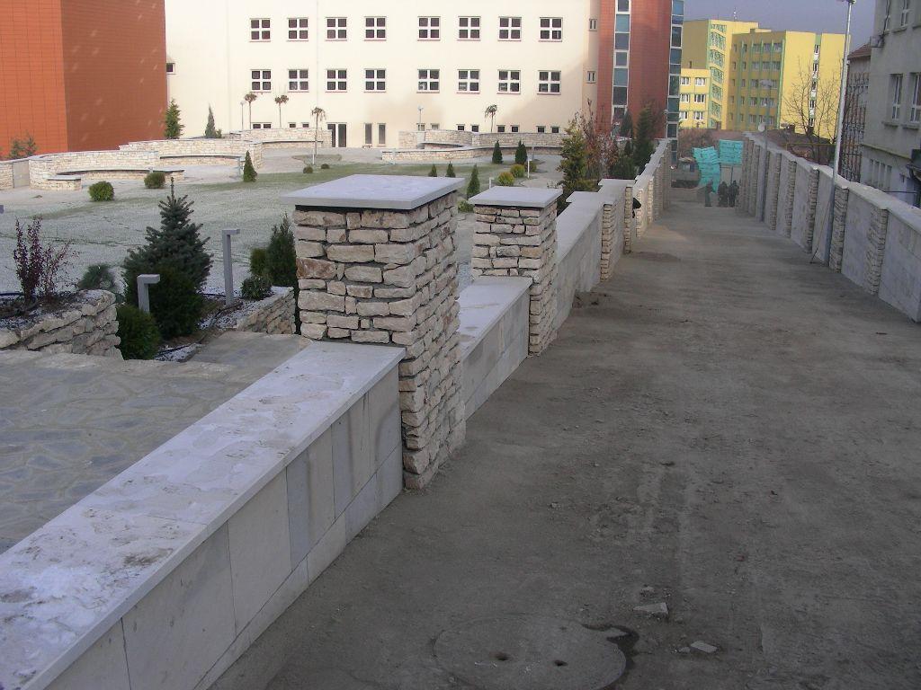 Amenajari gradini din piatra naturala de Vistea LEVENTE COMPANIE - Poza 14