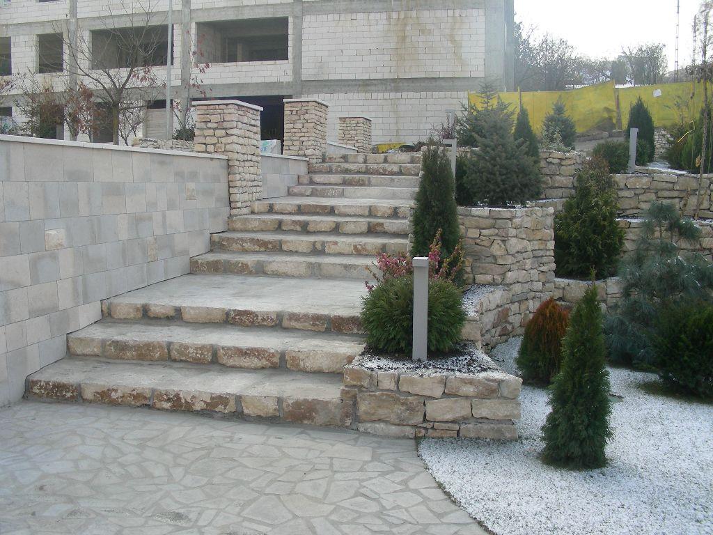 Amenajari gradini din piatra naturala de Vistea LEVENTE COMPANIE - Poza 16