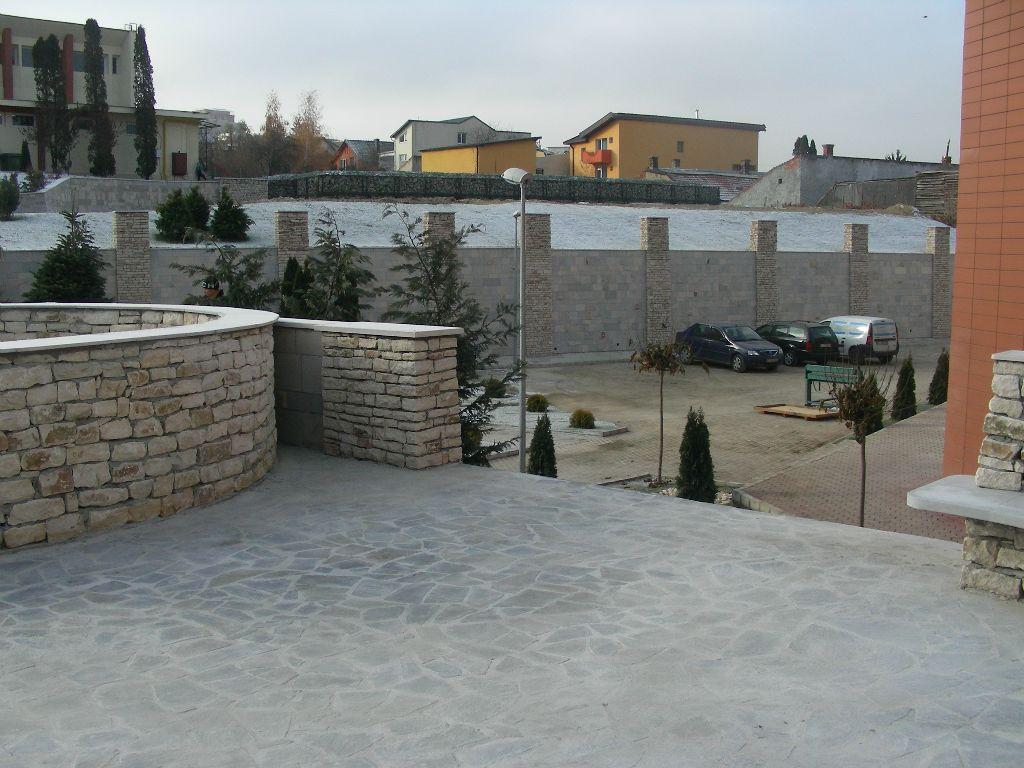 Amenajari gradini din piatra naturala de Vistea LEVENTE COMPANIE - Poza 20