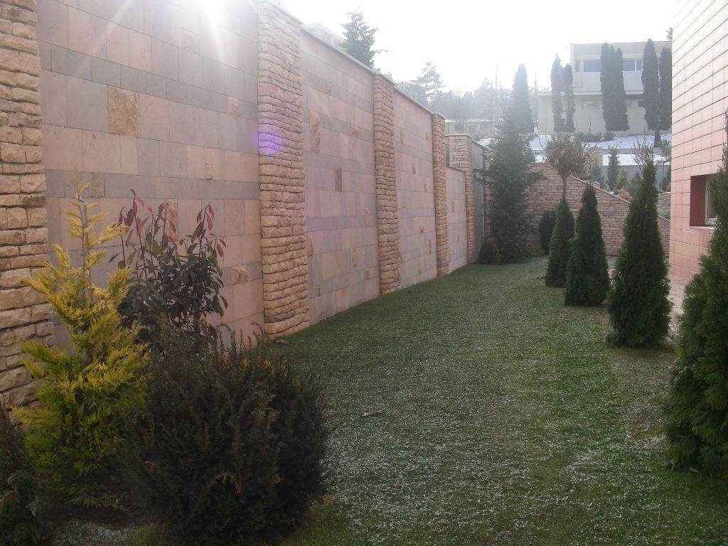 Amenajari gradini cu piatra naturala de Vistea LEVENTE COMPANIE - Poza 26
