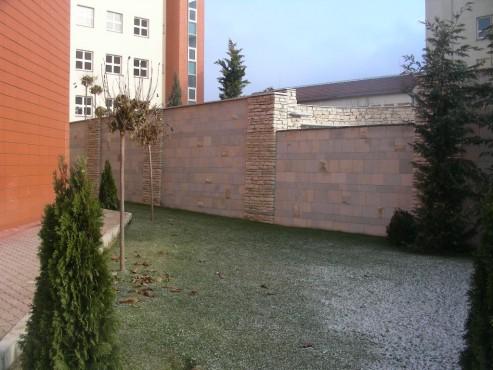 Lucrari, proiecte Amenajari gradini cu piatra naturala de Vistea LEVENTE COMPANIE - Poza 28