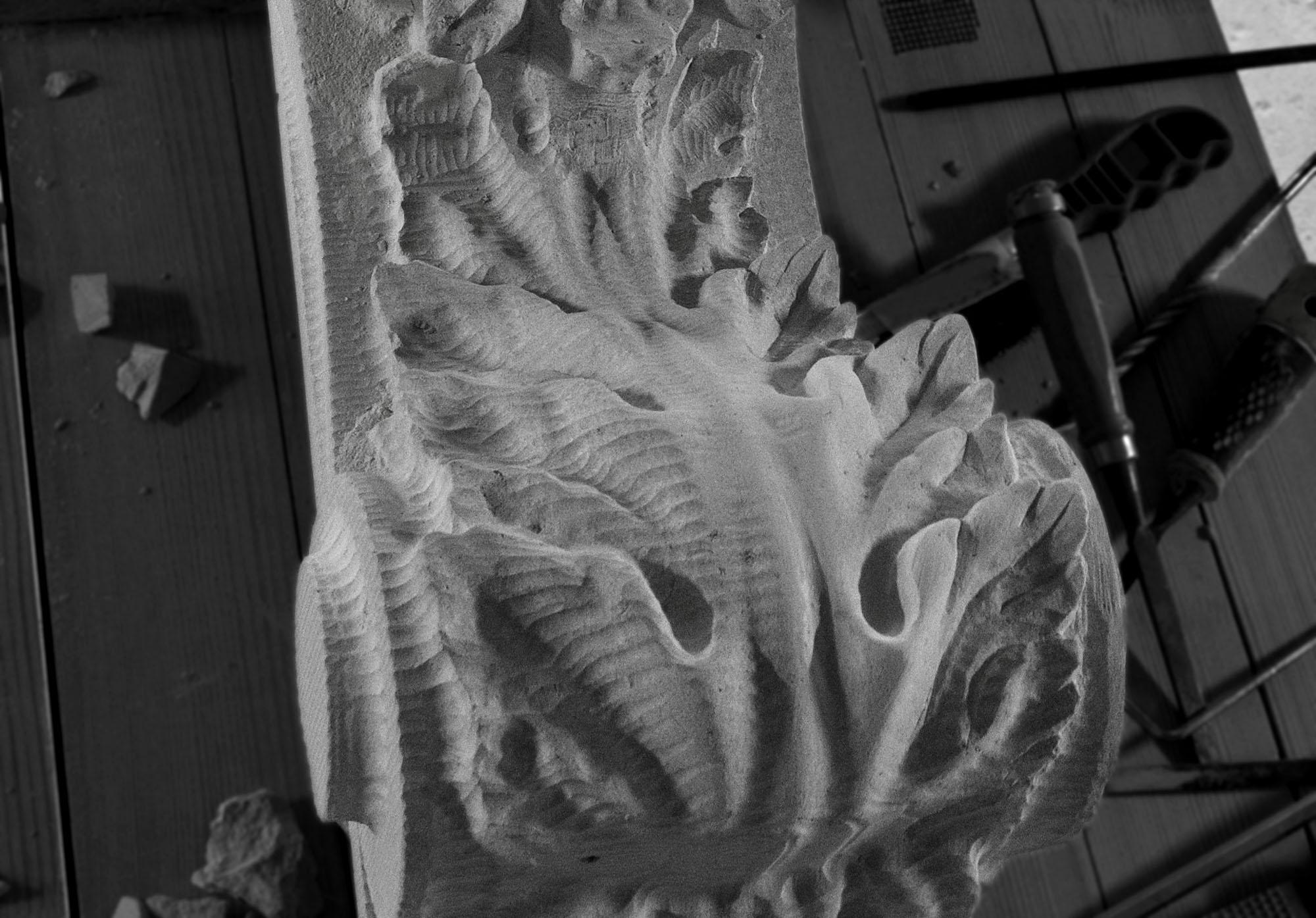 Sculptura in piatra LEVENTE COMPANIE - Poza 3