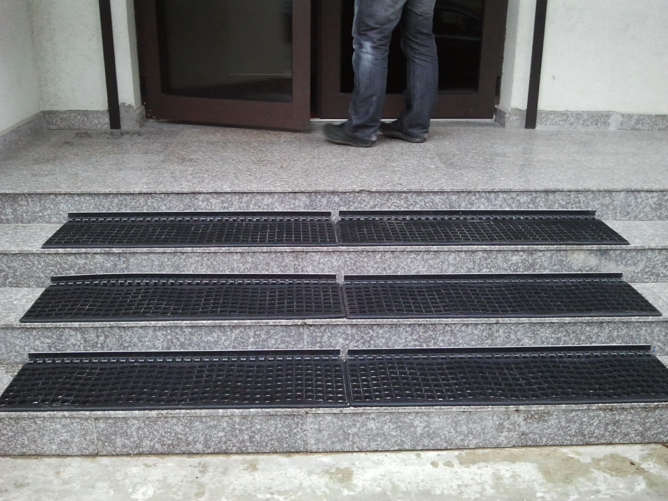 Covor antiderapant pentru trepte EUROMATT - Poza 4