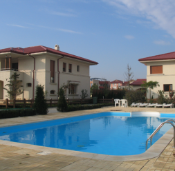 Piscine publice si bazine sportive pentru cluburi, hoteluri, centre spa KASTA METAL