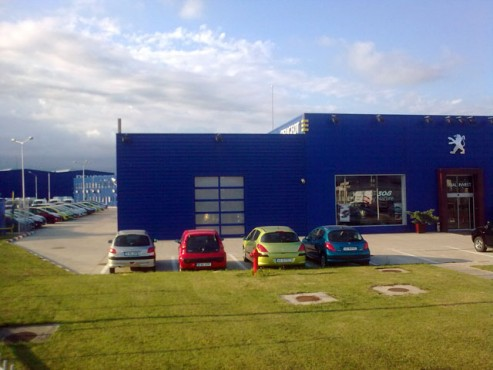 Showroom Peugeot CLASSIC DOME - Poza 1