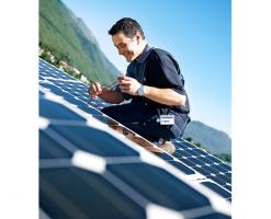 Managementul energetic al cladirilor Programul de management energetic ISS urmareste eficientizarea energetica. Setam tinte masurabile pentru operatiunile tehnologice si pentru cele organizationale