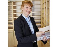 Servicii specializate in aria de birouri ISS ofera solutii personalizate, adaptate cerintelor clientilor, clientii ISS beneficiind de asistenta 24/7 livrata de angajati profesionisti si bine pregatiti.