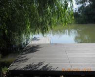 Amenajari tip decking pentru piscine, terase si gradini din lemn compozit WPC