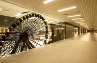 Pereti modulari din sticla, demontabili EKKO ofera sisteme complete de compartimentari birouri si amenjari interioare.