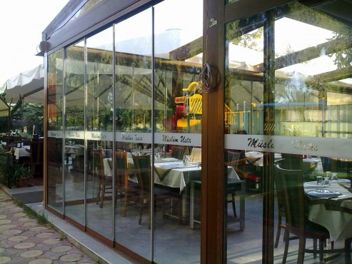Sisteme de usi din sticla cu accesorii din aluminiu / inox si ferestre culisante GEAM BALCON - Poza 38