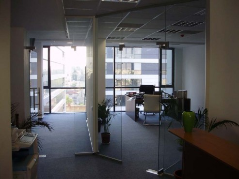Compartimentare birouri cu sticla securizata  - Poza 16