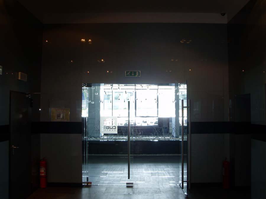 Usi de sticla securizata Cubic Center SAINT GOBAIN GLASS - Poza 24
