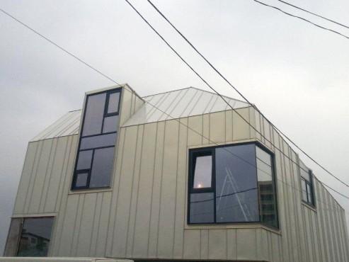 Proiect rezidential fatada si invelitoare, cu tabla faltuita Onyx Pearl - Bucuresti ACOPERO - Poza 1